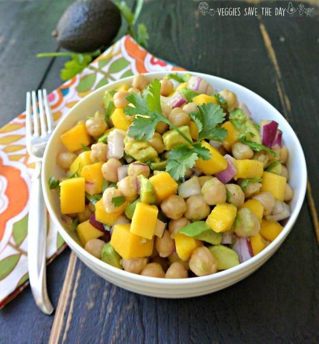 Potluck Recipe Ideas - Tropical Chickpea Salad - Easy Recipes to Take To Potlucks - Dinner Casseroles, Salads, One Pot Meals, Pasta Dishes, Quick Crockpot Recipes