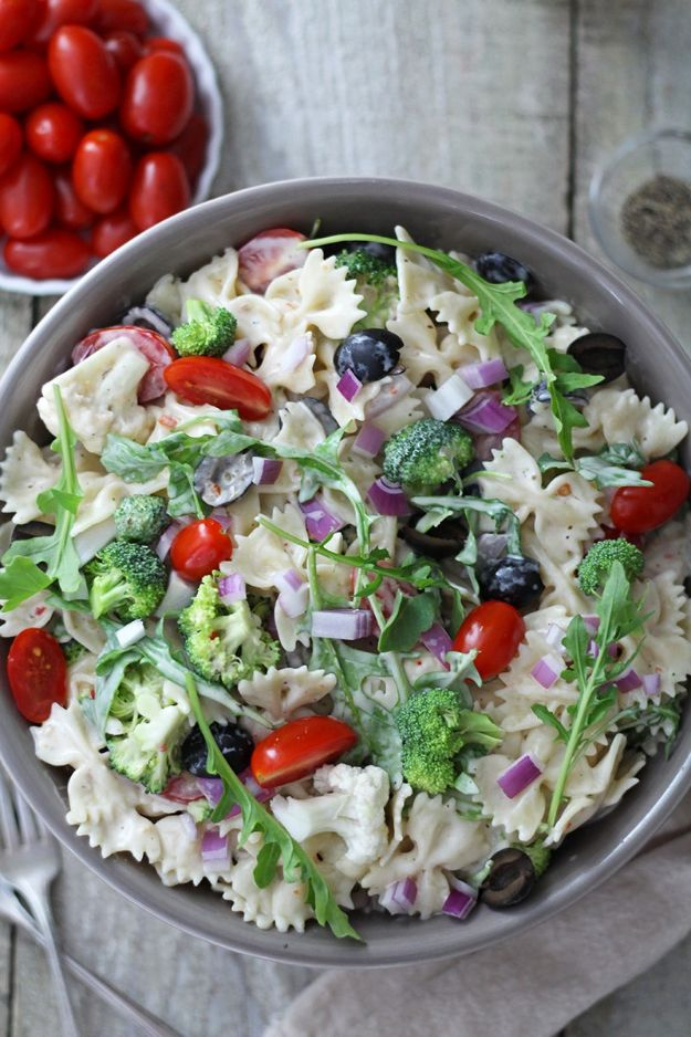 Potluck Recipe Ideas - Creamy Summer Arugula Pasta Salad - Easy Recipes to Take To Potlucks - Dinner Casseroles, Salads, One Pot Meals, Pasta Dishes, Quick Crockpot Recipes
