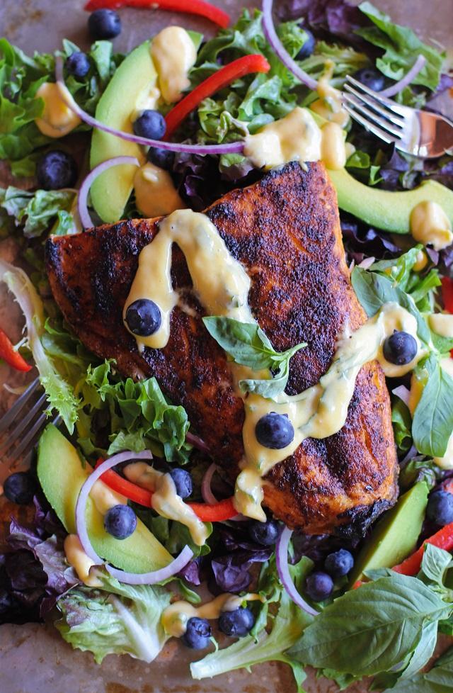 Crispy Jamaican Jerk Salmon with Mango-Basil Vinaigrette | theroastedroot.net #healthy #dinner #recipe #paleo