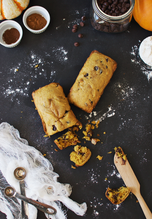 Pumpkin Chocolate Chip Harvest Bread | fall recipe ideas, pumpkin recipe ideas, pumpkin bread recipes, homemade pumpkin bread, fall inspired recipes, fall bread recipes || The Butter Half #pumpkinbread #fallbread #pumpkin #fallrecipes #harvestbread #thebutterhalf
