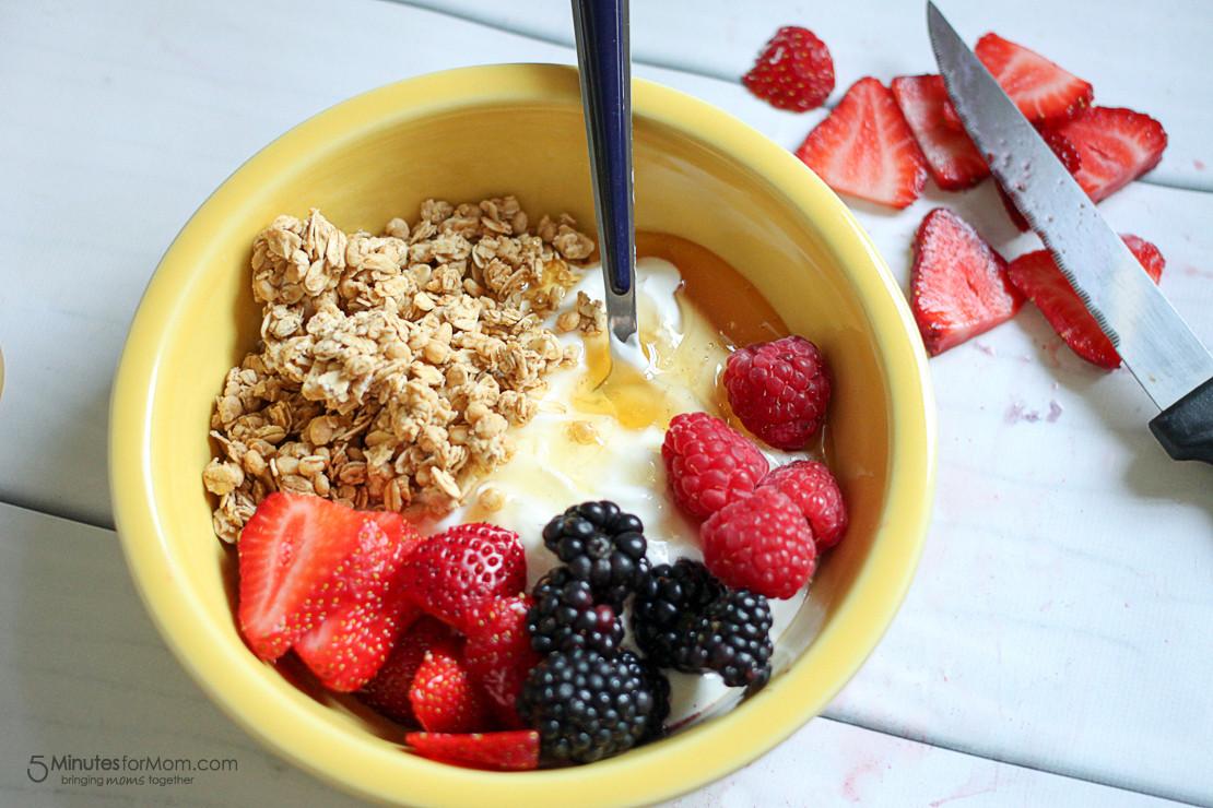 A Healthy Breakfast  Delicious and Healthy Breakfast Bowl with Greek Yogurt