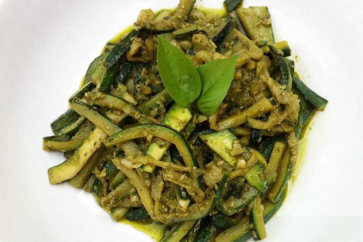 Basil Recipes Vegan  Basil Pesto Zucchini Pasta [Vegan Gluten Free] e