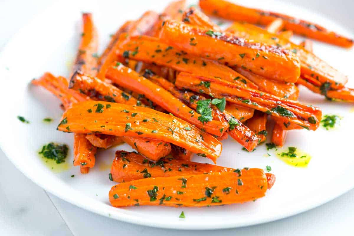 Carrot Recipes Vegetarian  Roasted Carrots Recipe with Garlic Parsley Butter
