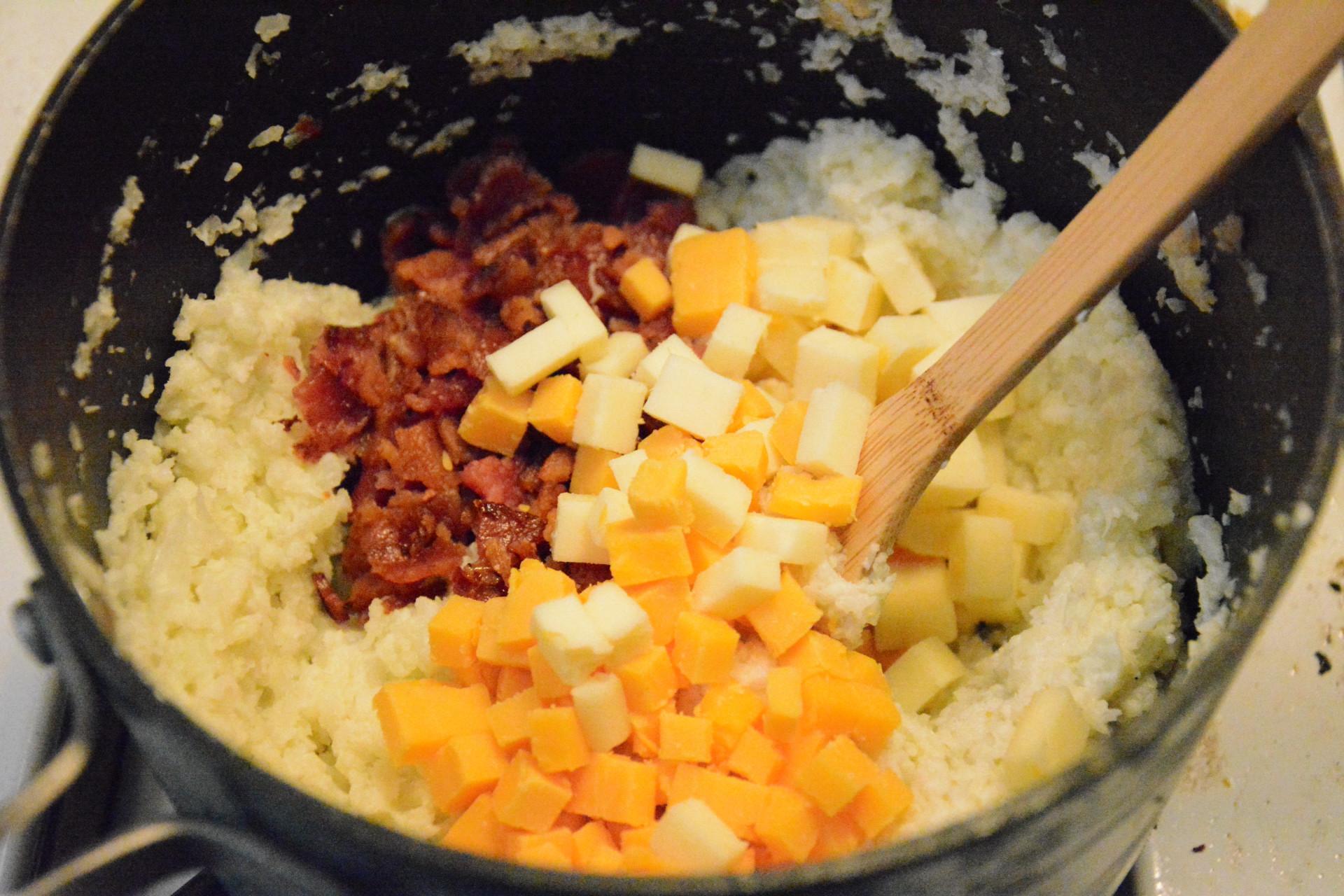 Cauliflower Mashed Potatoes Keto  Mashed Cauliflower Caveman Keto