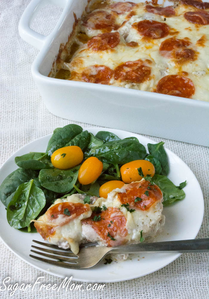 Cheap Low Carb Dinners  Easy Low Carb Cheesy Pizza Chicken Bake