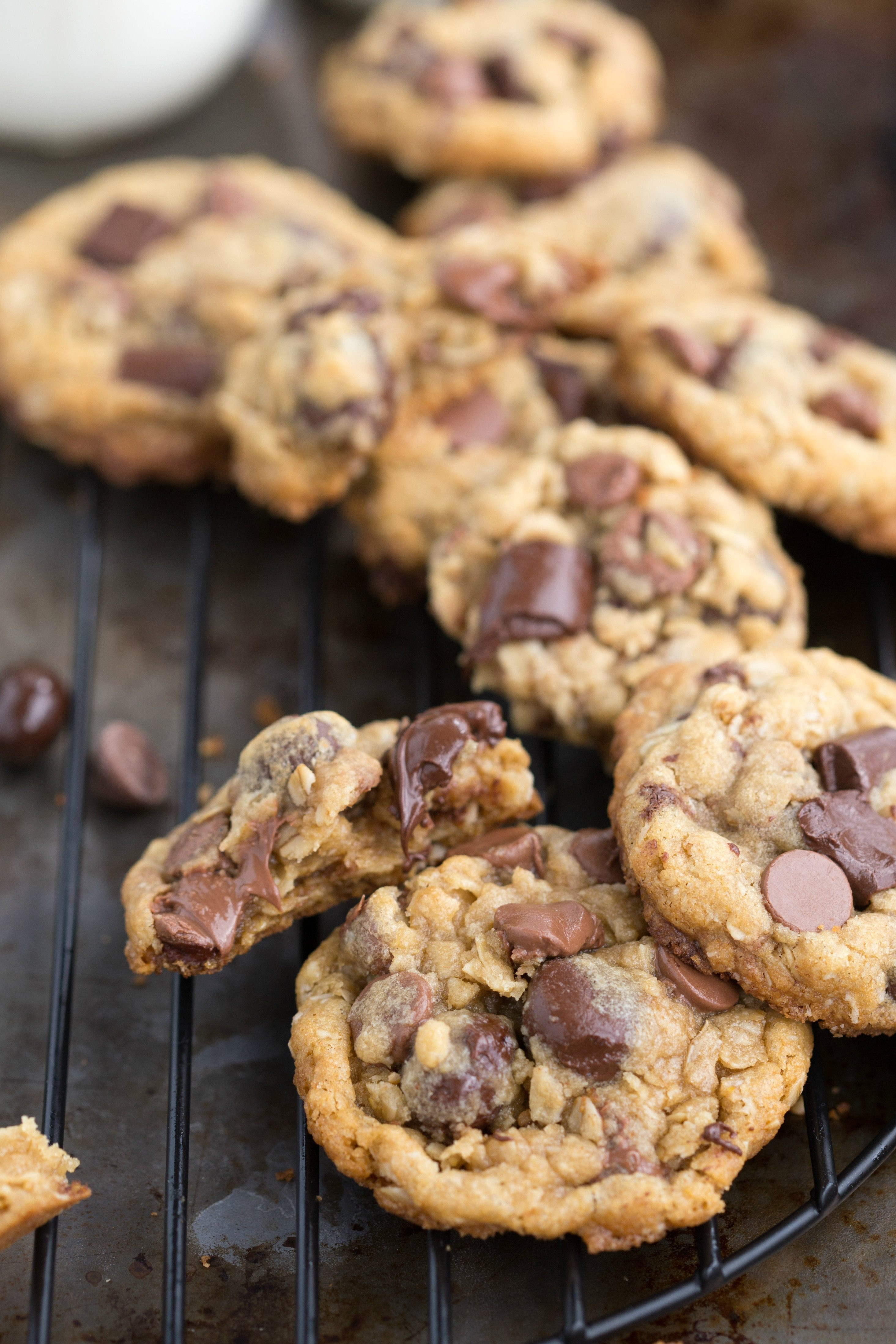 Choc Chip Oatmeal Cookies Healthy  Healthier Oatmeal Chocolate Chip Cookies with Dark