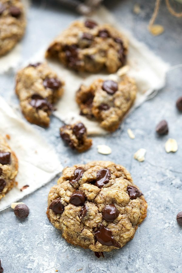 Choc Chip Oatmeal Cookies Healthy  The BEST healthy oatmeal chocolate chip cookies