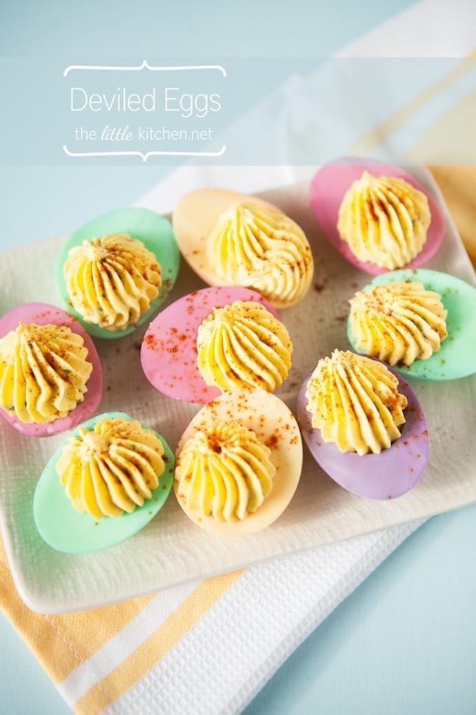 Colored Deviled Eggs For Easter  I love mondays 11 te gekke tips voor Pasen