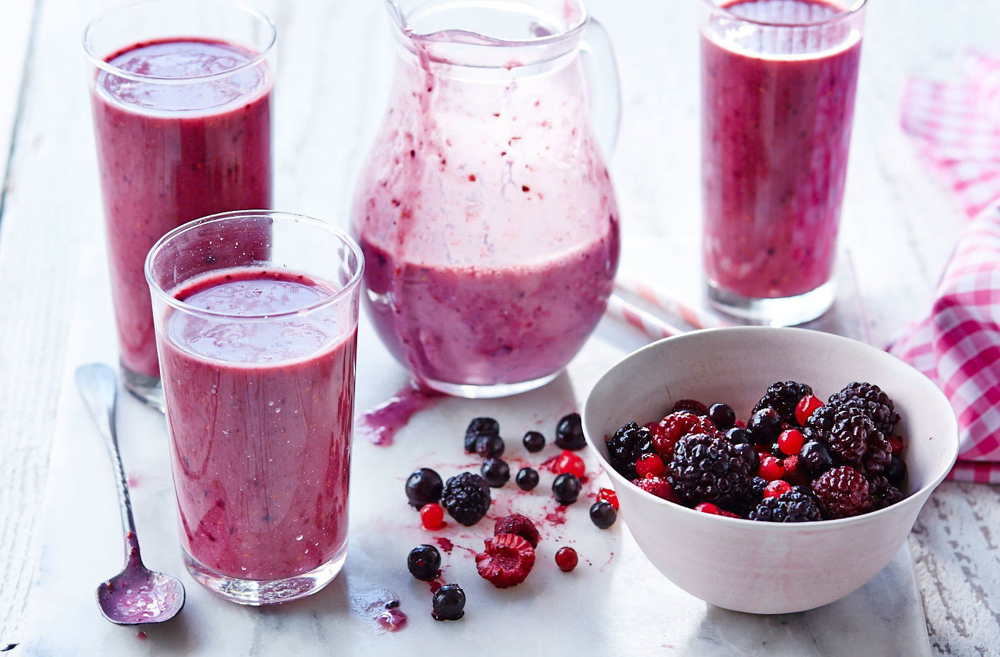 Dairy Free Fruit Smoothies  Dairy free banana and berry smoothie