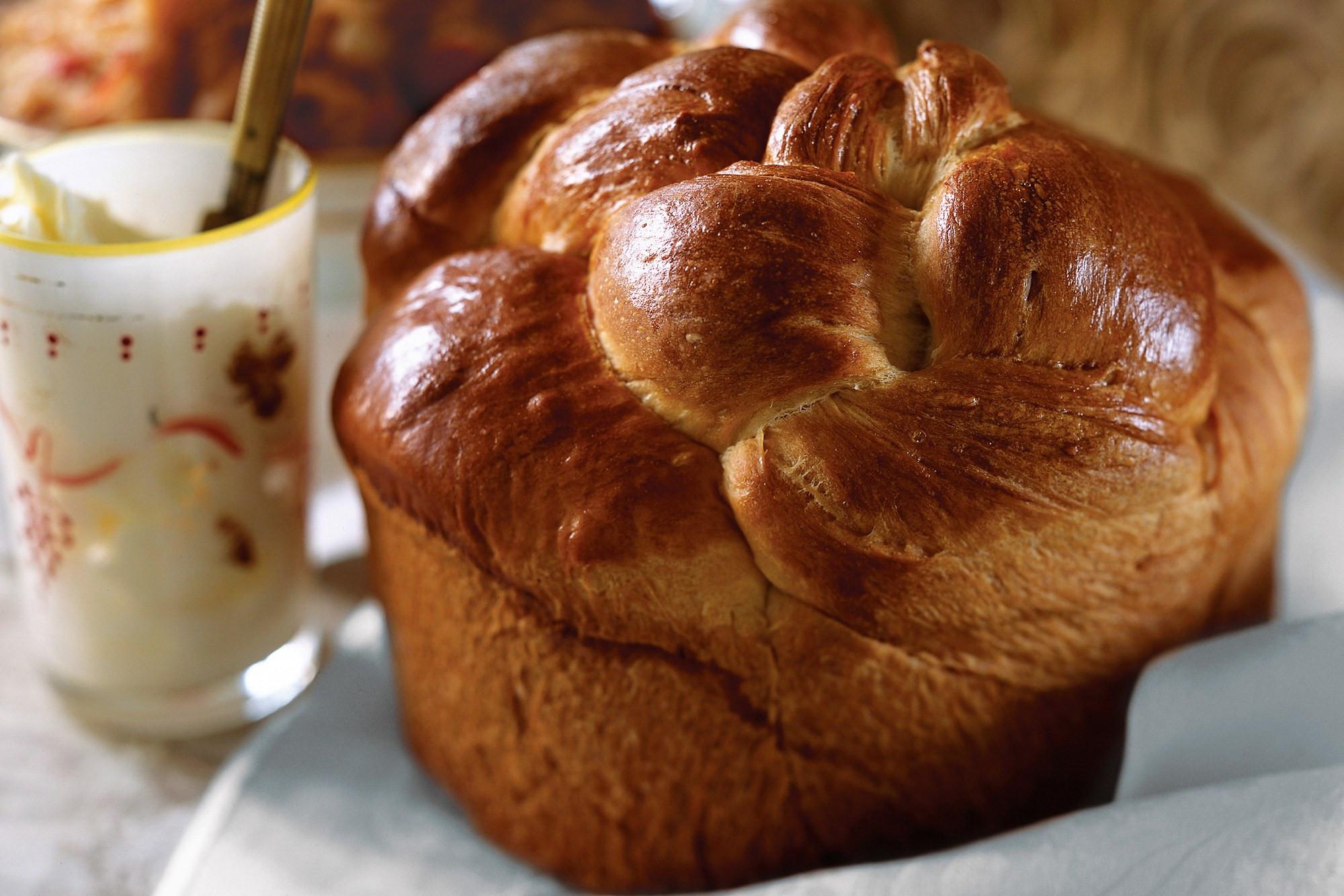Easter Bread Russian  Russian Easter Bread Kulich recipe