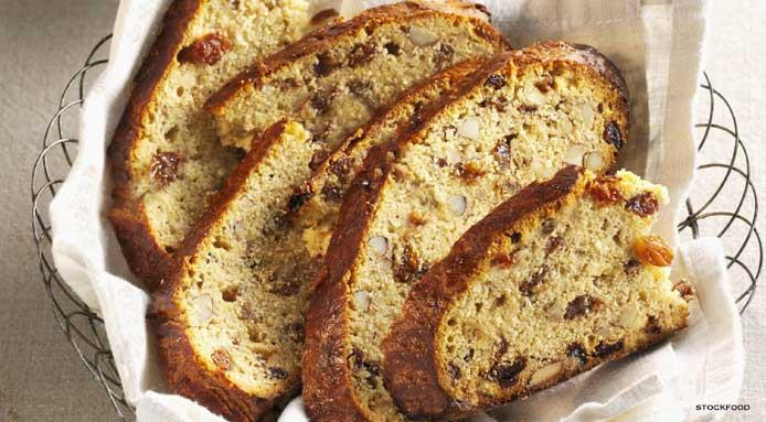Easter Bread With Raisins  Easter 7 Easter Bread Recipes That Taste Divine