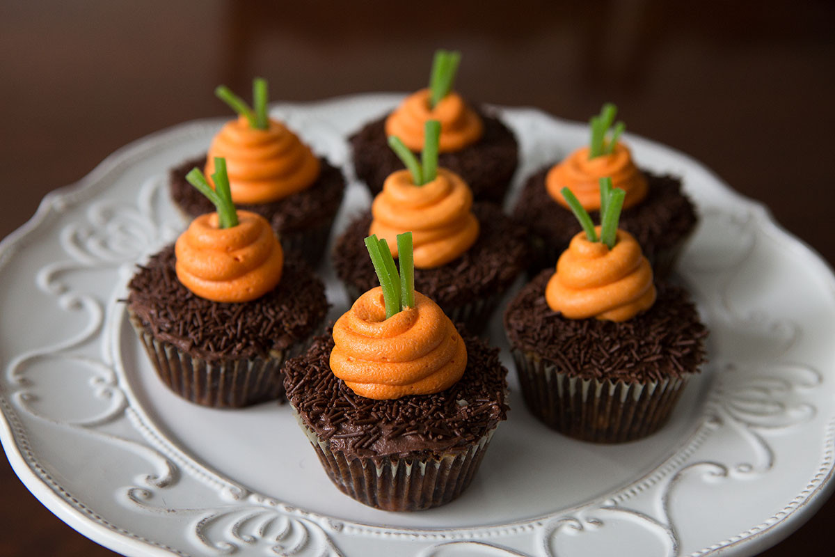 Easter Carrot Cake Cupcakes  Easter inspired carrot cupcakes