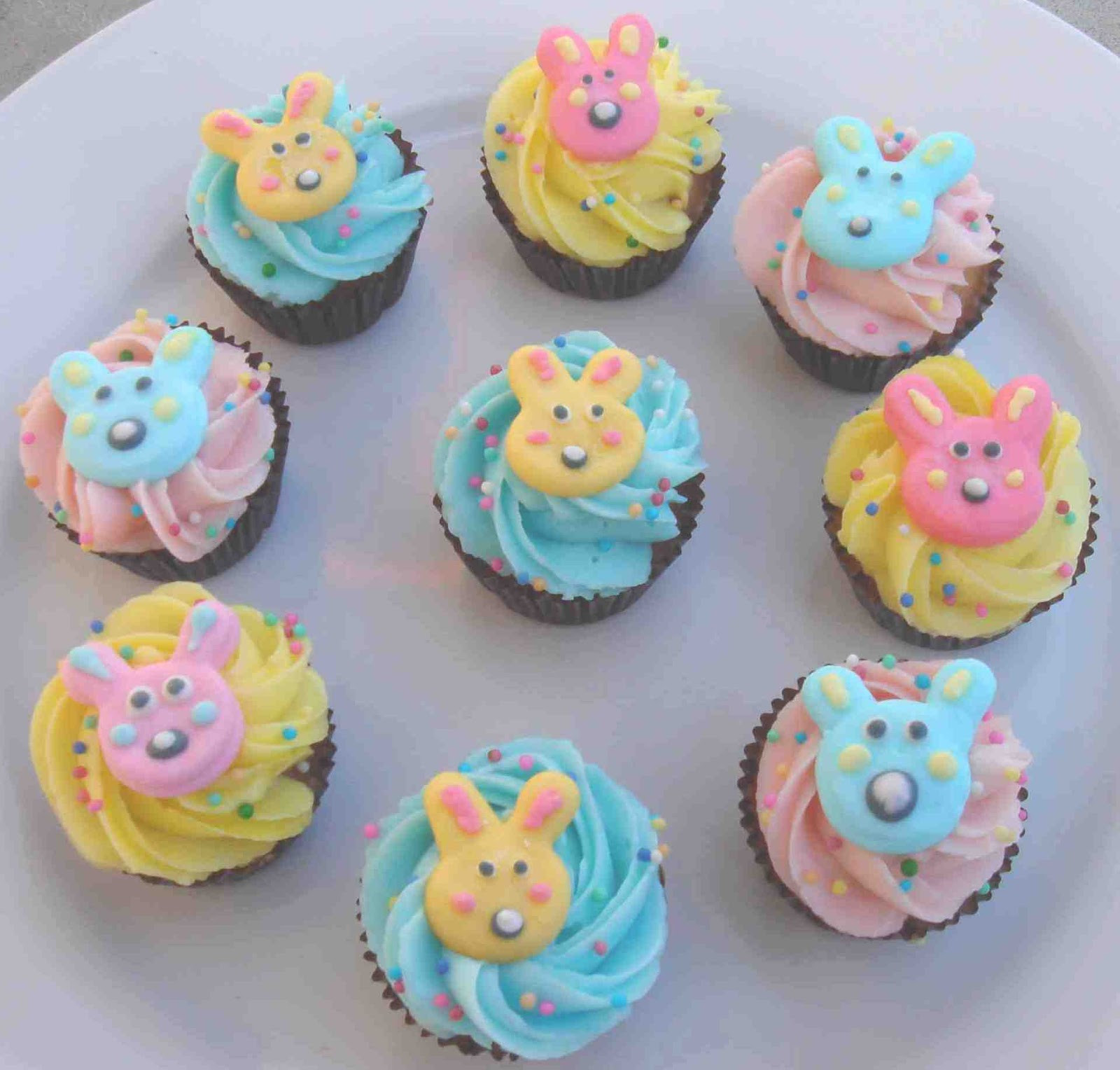 Easter Cupcakes Ideas  Cupcake Decorating Ideas for Easter Let s Celebrate