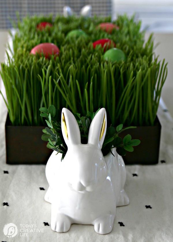Easter Dinner 2019  Easy Easter Table Decorations