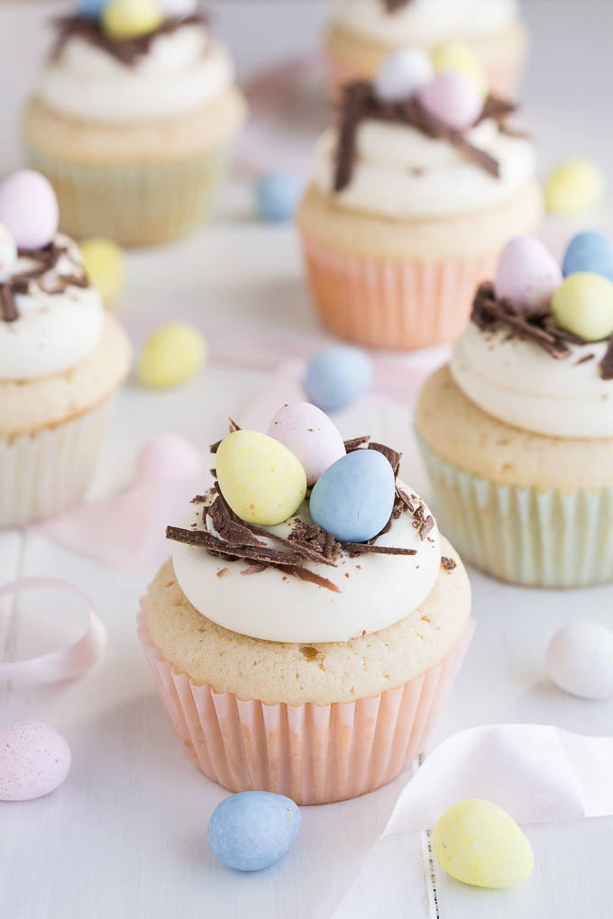 Easter Egg Cupcakes  White Chocolate Easter Egg Cupcakes