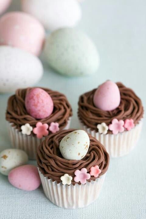 Easter Egg Cupcakes  20 Easter Cupcake Decoration Ideas – Good Cheap & Easy