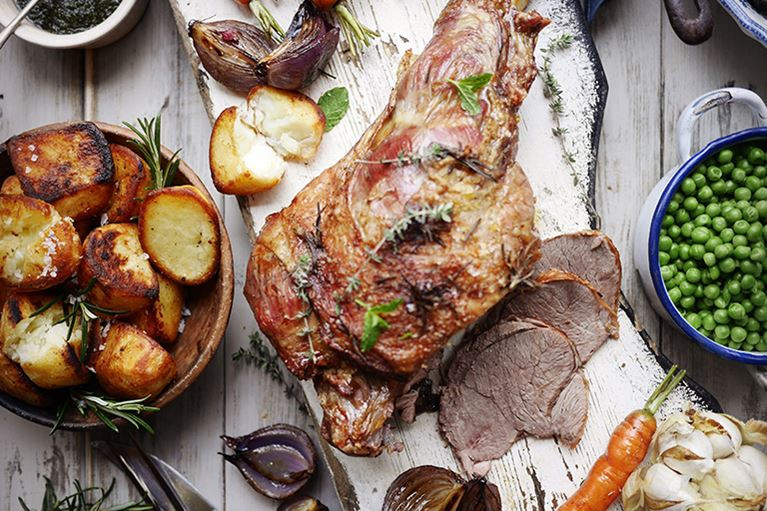 Easter Roast Lamb  What To Cook Easter Sunday Roast Lamb Recipe…