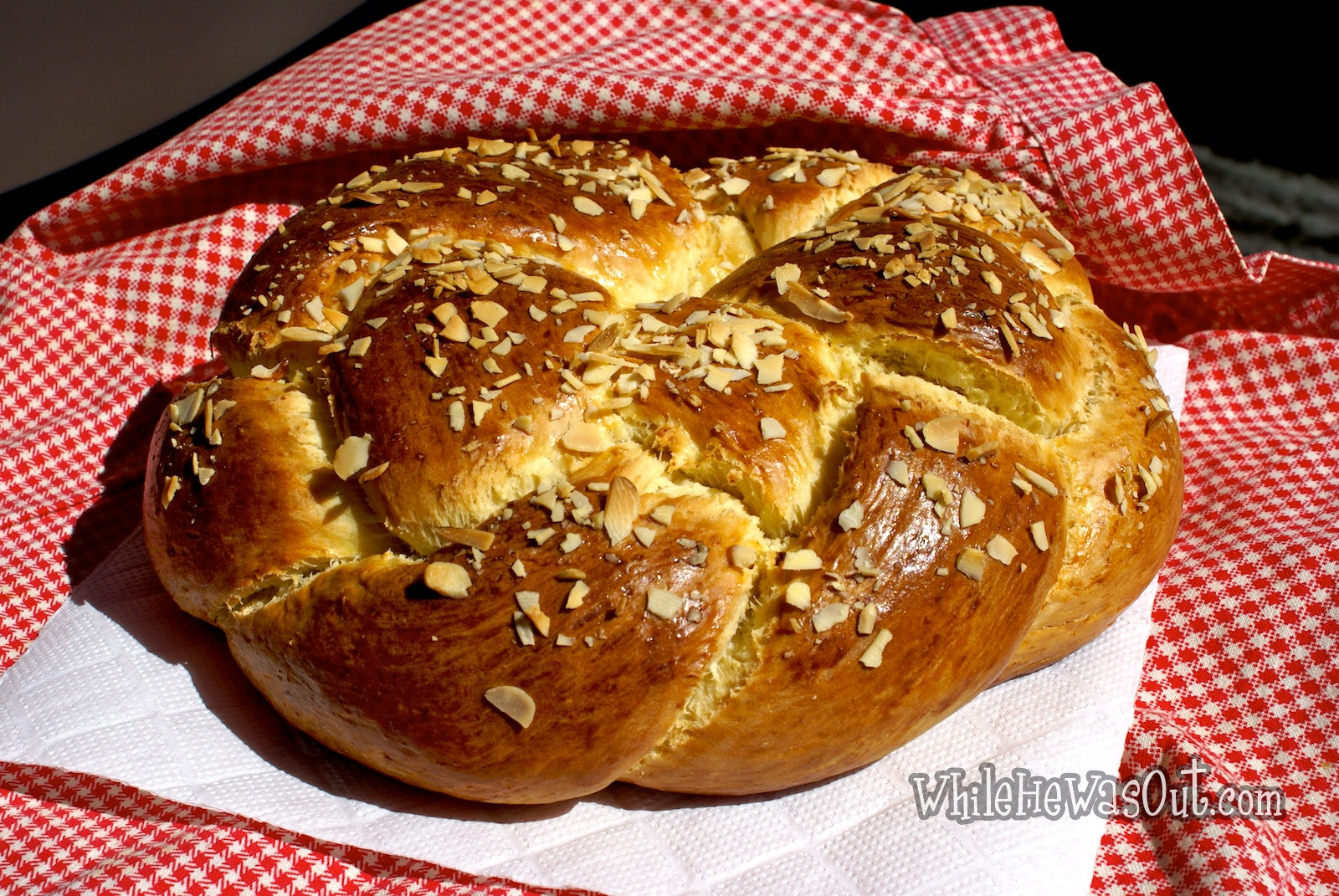 Easter Sweet Bread  Traditional Easter Braided Sweet Bread – 2