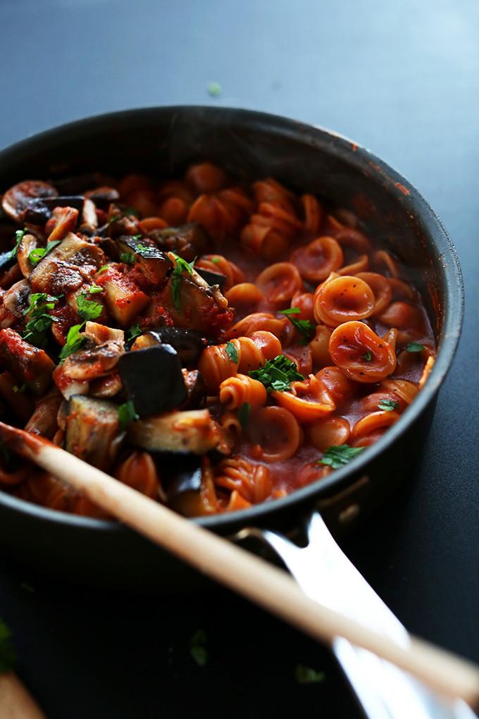Easy Dinner Recipes Vegetarian  1 Pot Vegan Pasta