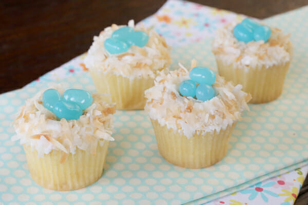 Easy Easter Cupcakes  Egg Carton Printable with Easy Easter Cupcakes