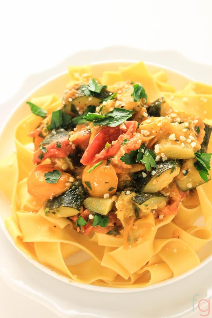Easy Healthy Vegetarian Dinner Recipes  Easy Ve arian Pasta Recipe 30 Minute Meal