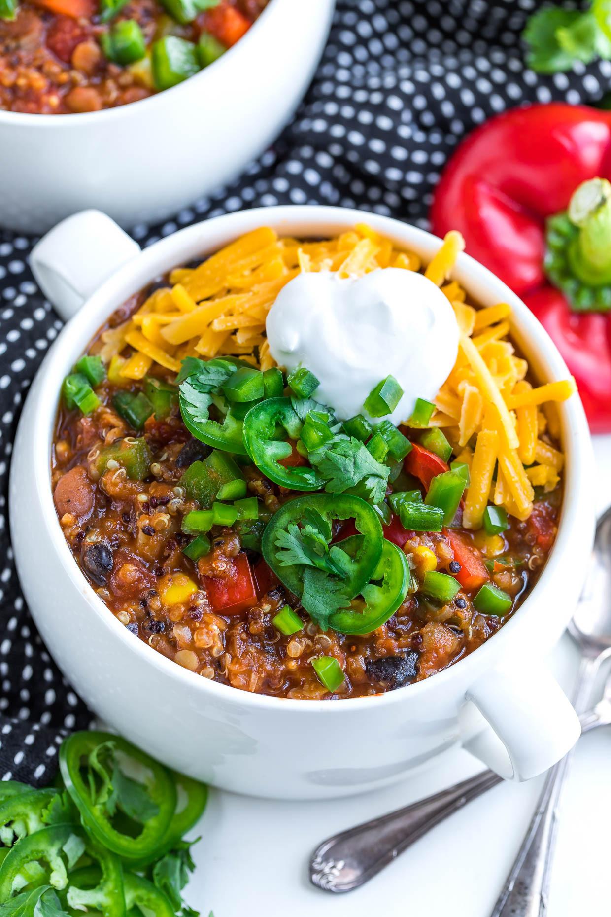 Easy Instant Pot Recipes Vegetarian  Instant Pot Ve arian Quinoa Chili Peas And Crayons