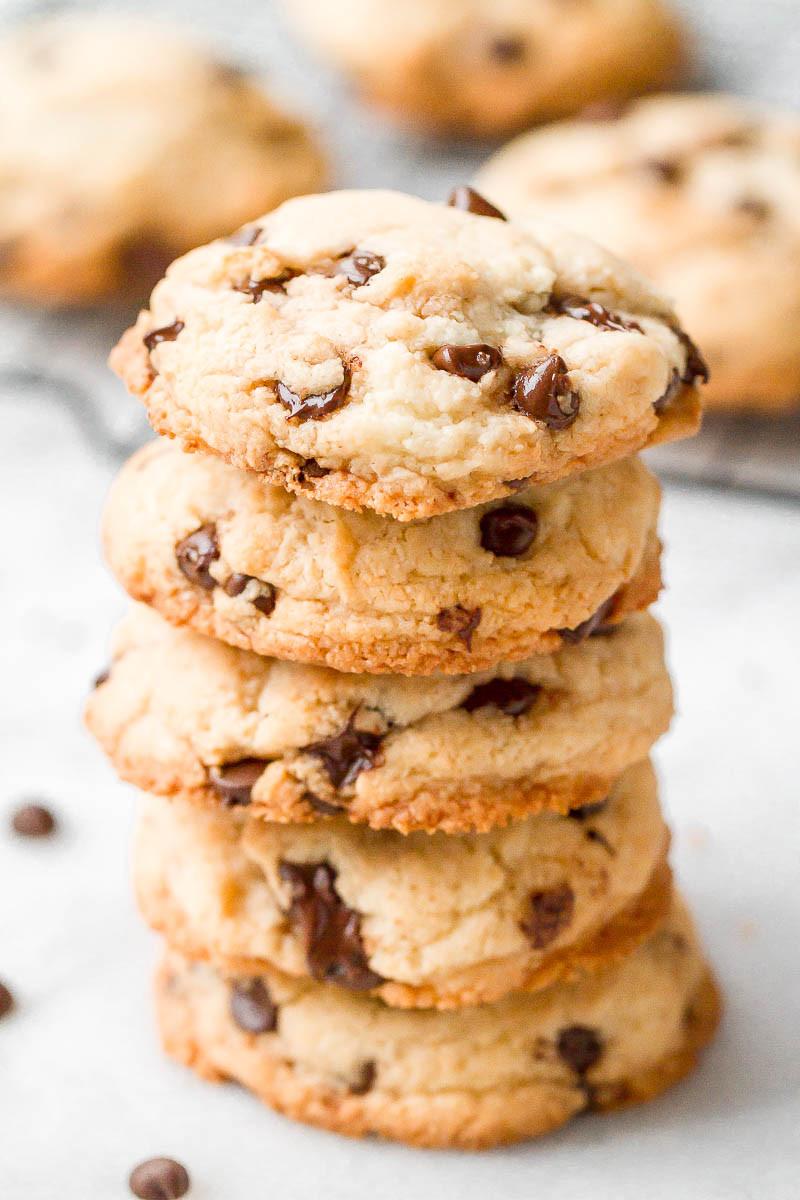 Easy Keto Chocolate Chip Cookies  Keto Chocolate Chip Cookies Recipe — Eatwell101
