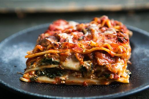 Easy Vegetarian Lasagna  Easy ve able lasagna recipe