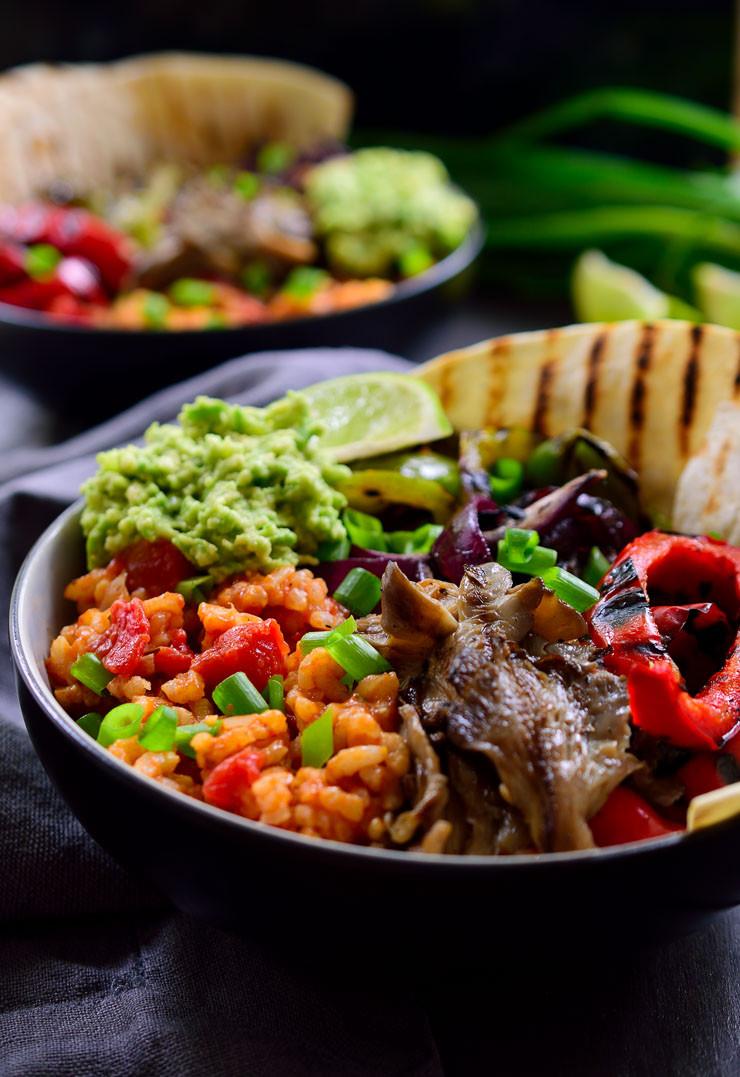 Easy Vegetarian Mexican Recipes  Vegan Mexican Rice Fajita Bowl