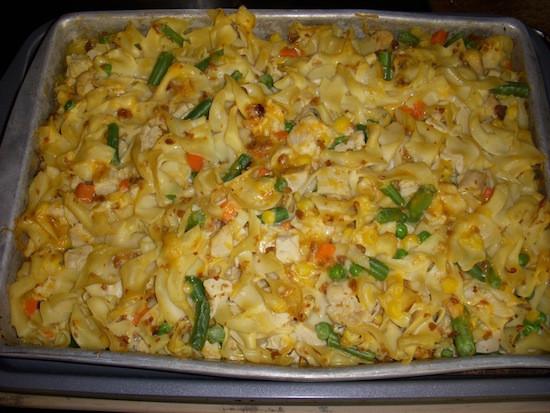 Egg Noodle Casserole Recipes Vegetarian  Cheesy Bacon Chicken Ve able Noodle Casserole Recipe
