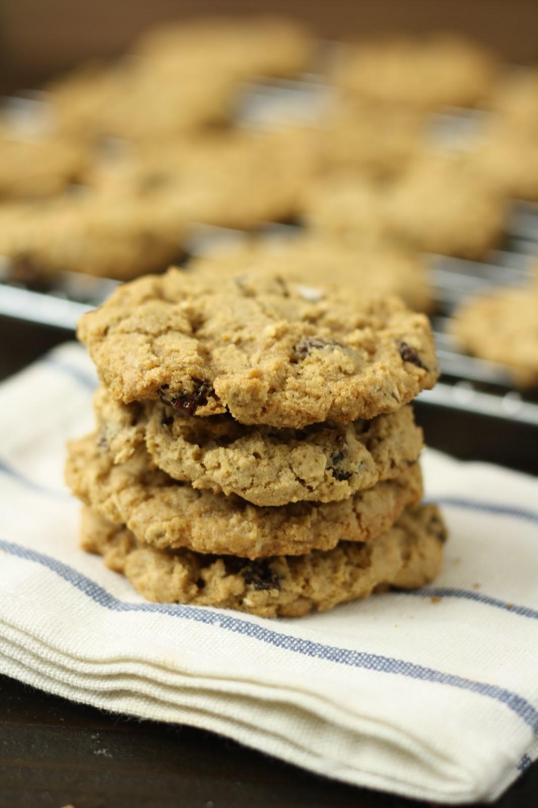 Gluten Free Oatmeal Cookies  Gluten Free Dessert Recipes for National Oatmeal Cookie