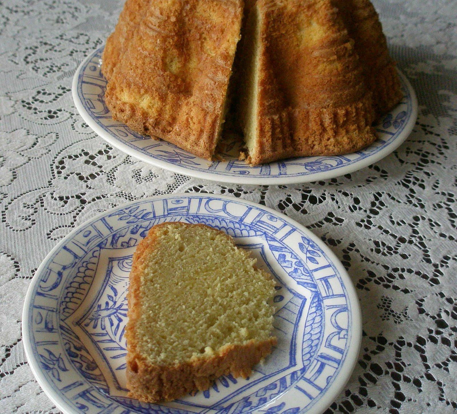 Gluten Free Sour Cream Pound Cake  Coffee Cake Friday Lemon Sour Cream Pound Cake Gluten