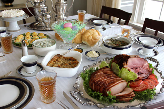 Good Easter Dinner  5 Things to Buy for that Christmas Dinner at Your House