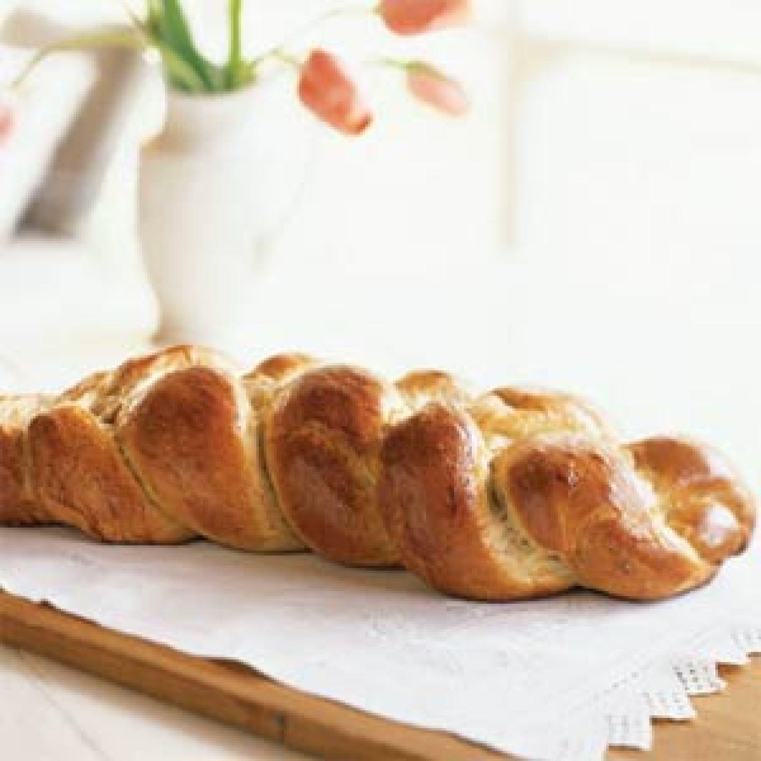 Greek Easter Bread Recipe  Greek Easter Bread Recipe