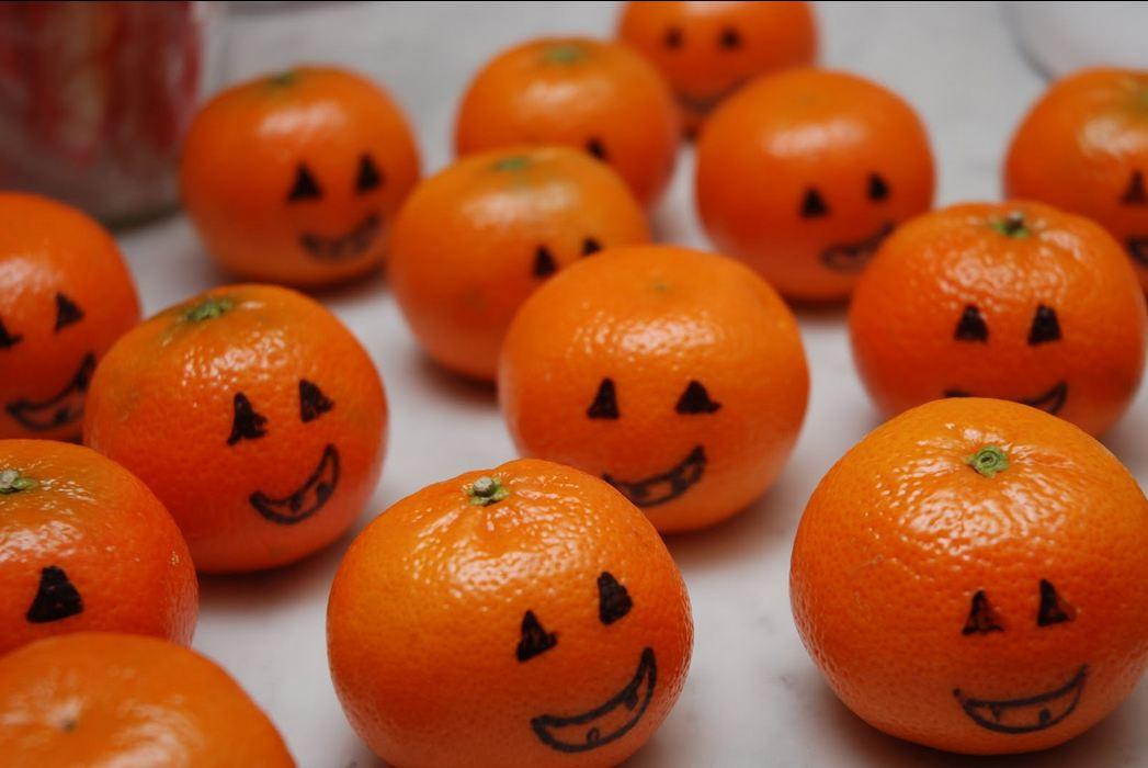 Halloween Healthy Snacks  Healthy Halloween Treats for Little Critters