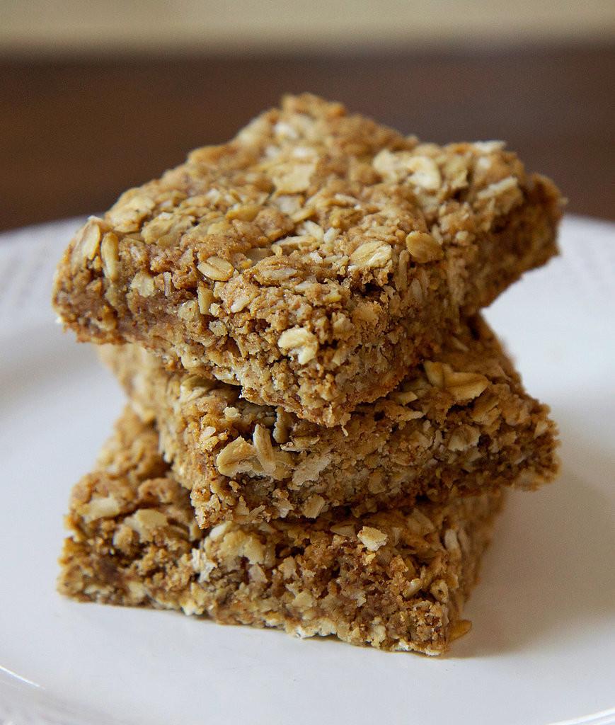 Healthy Breakfast Bars  Gluten Free Oatmeal Protein Bars