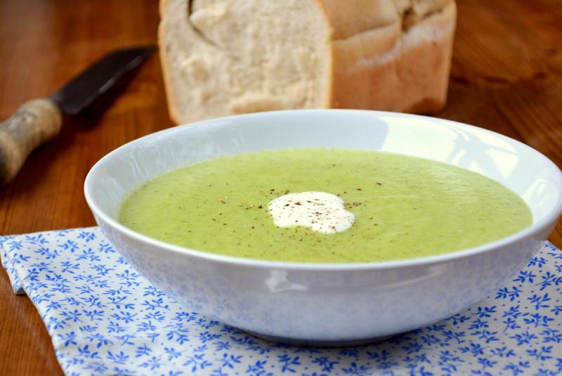 Healthy Broccoli Soup Recipe  healthy broccoli and cauliflower soup recipes