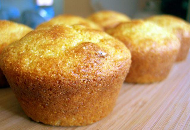Healthy Cornbread Muffins  Healthy Cornbread Muffins Baking Bites