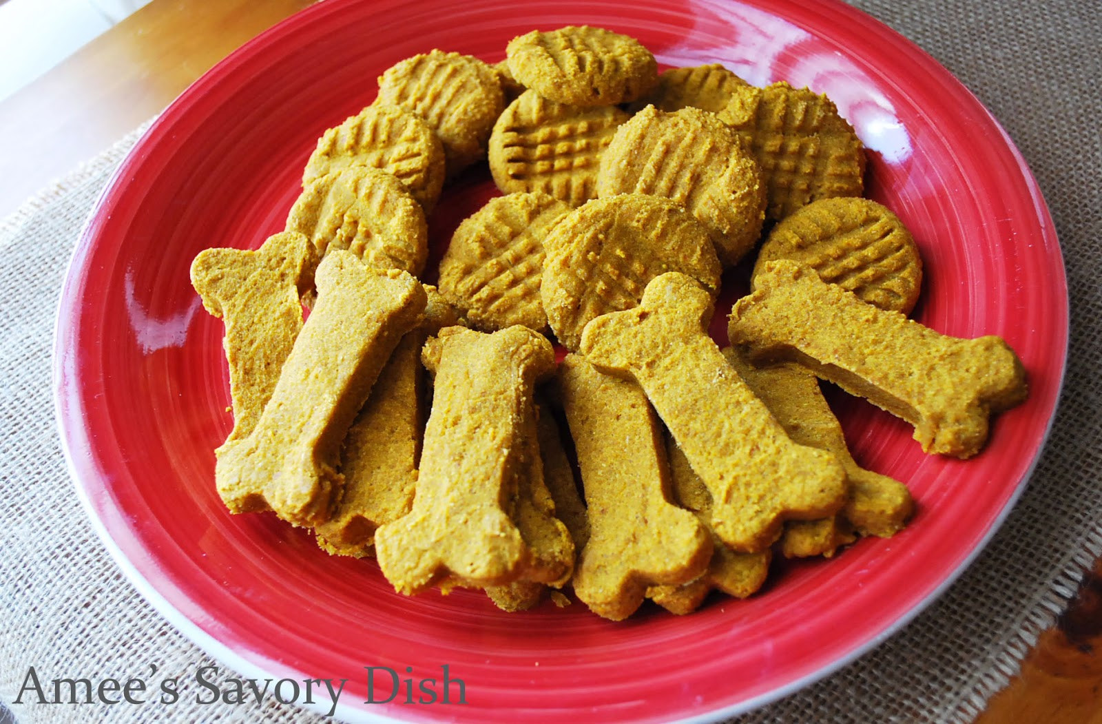 Healthy Dog Biscuit Recipe  Healthy Homemade Dog Treats Amee s Savory Dish