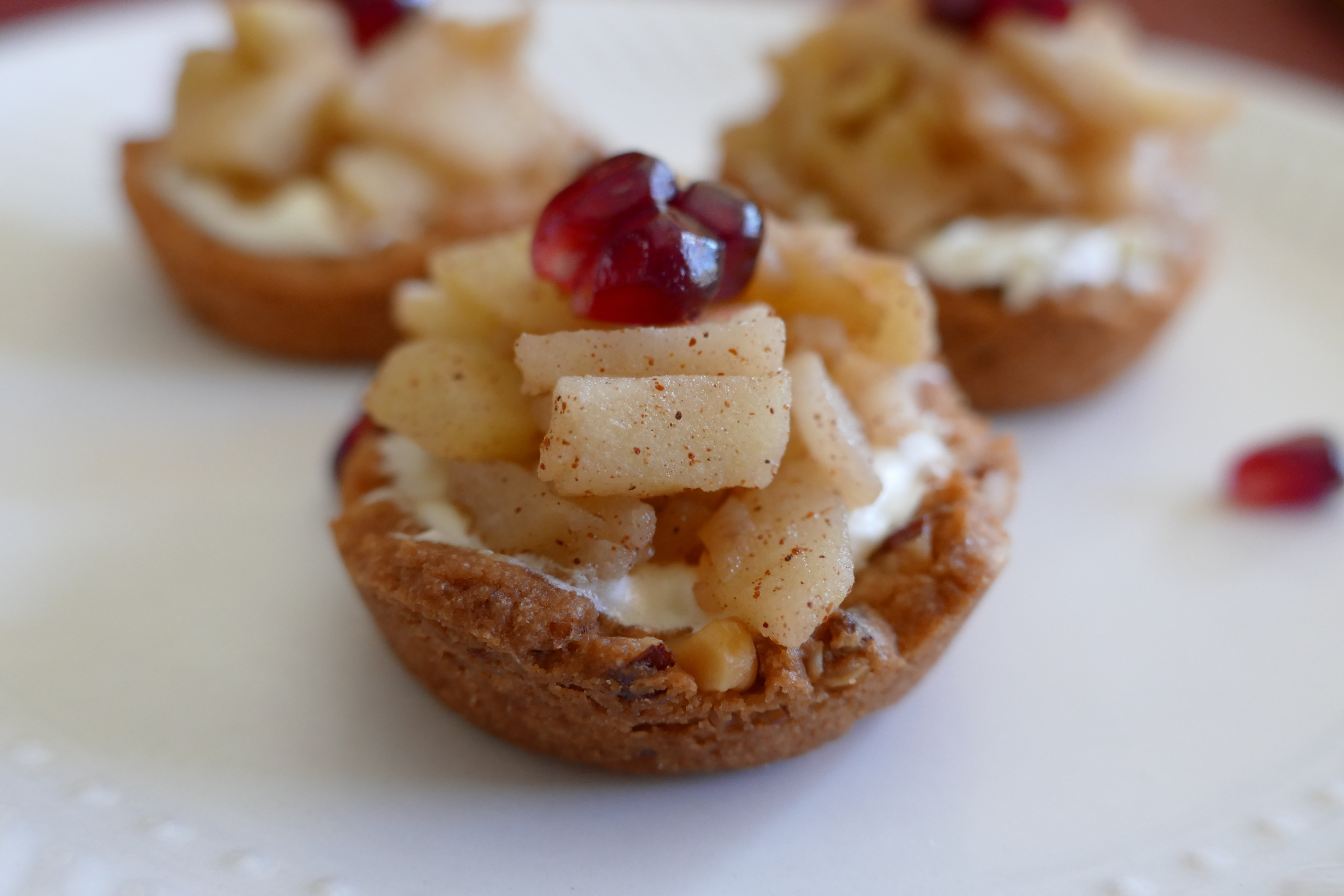 Healthy Holiday Desserts  Healthy Holiday Desserts Mini Apple Tarts