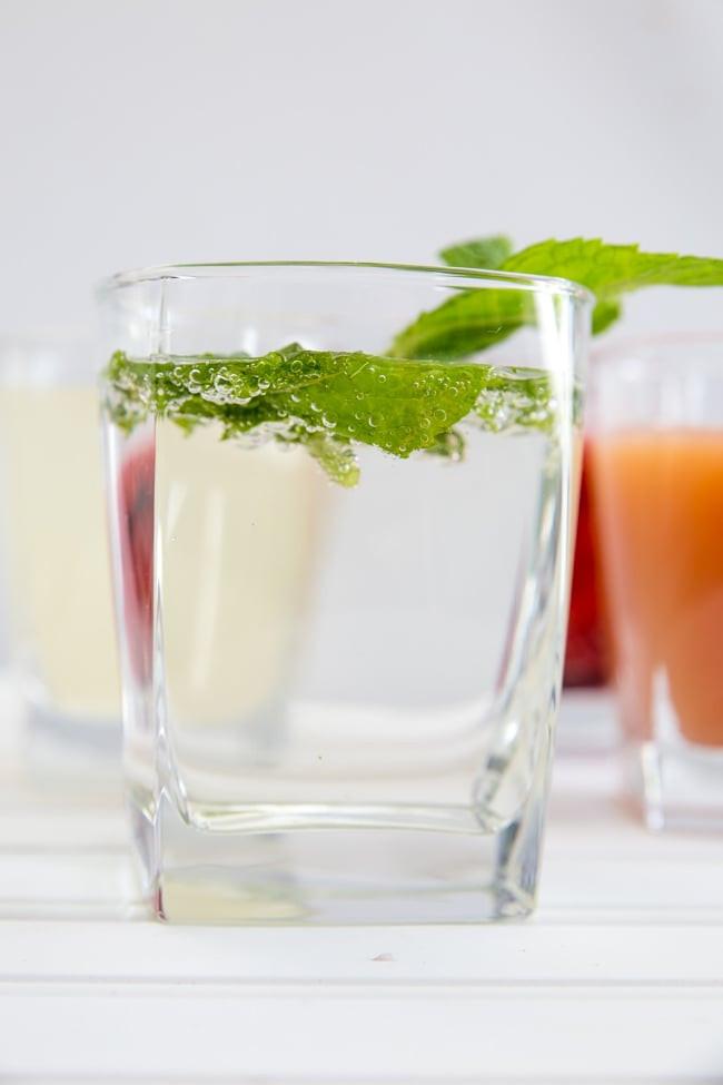 Healthy Vodka Drinks  3 Ingre nt Vodka Drinks 4 Simple Mixed Vodka Drinks