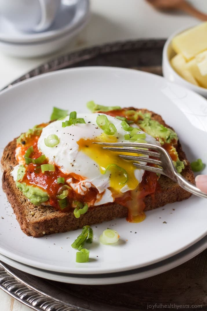 Heart Healthy Breakfast Foods  Ricotta Avocado Toast with Poached Egg