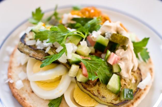 Israeli Vegetarian Recipes  Sabich – Iraqi Jewish Eggplant Sandwich – Recipe