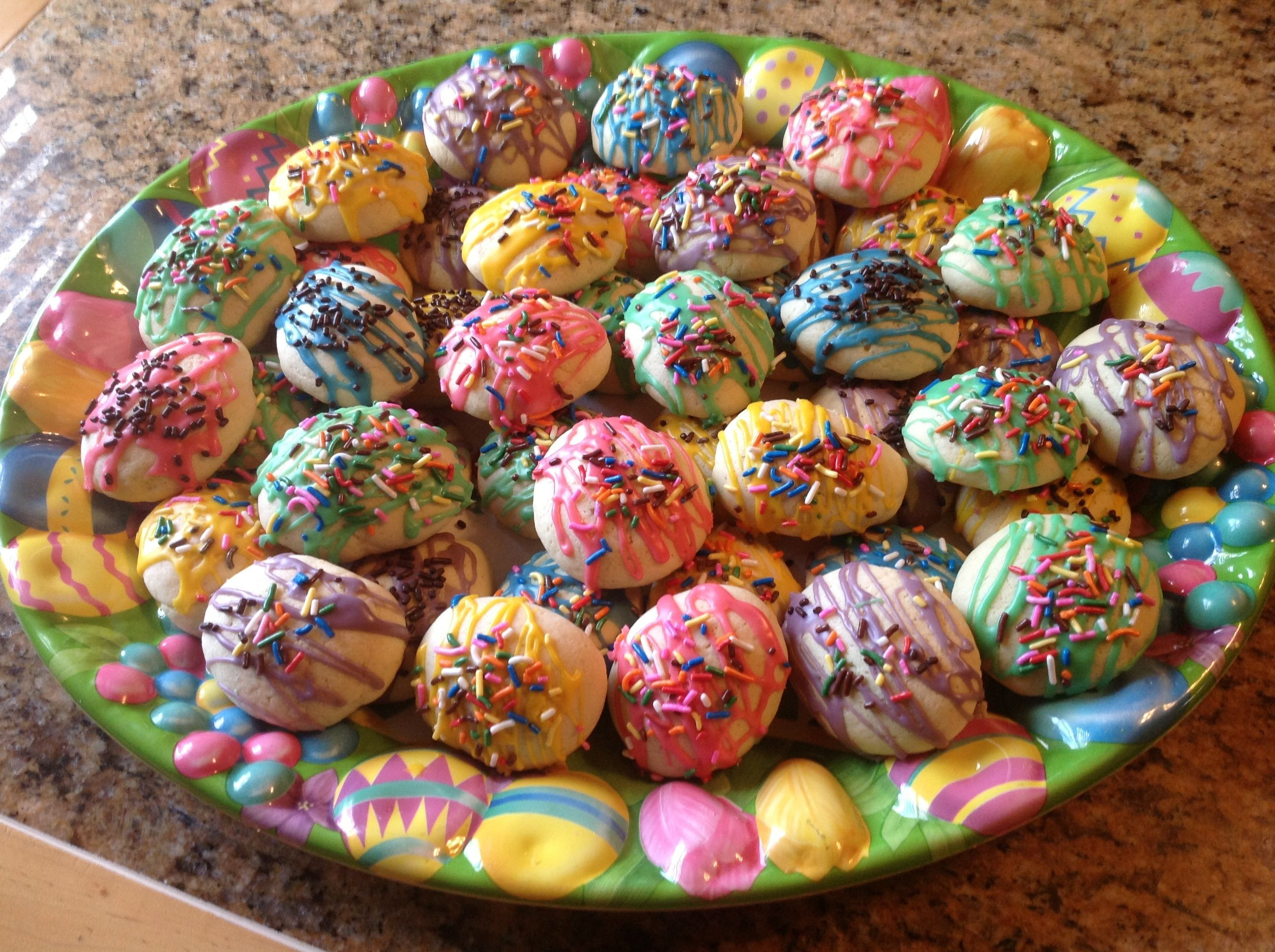 Italian Easter Cookie Recipes  Italian Easter Egg Cookies