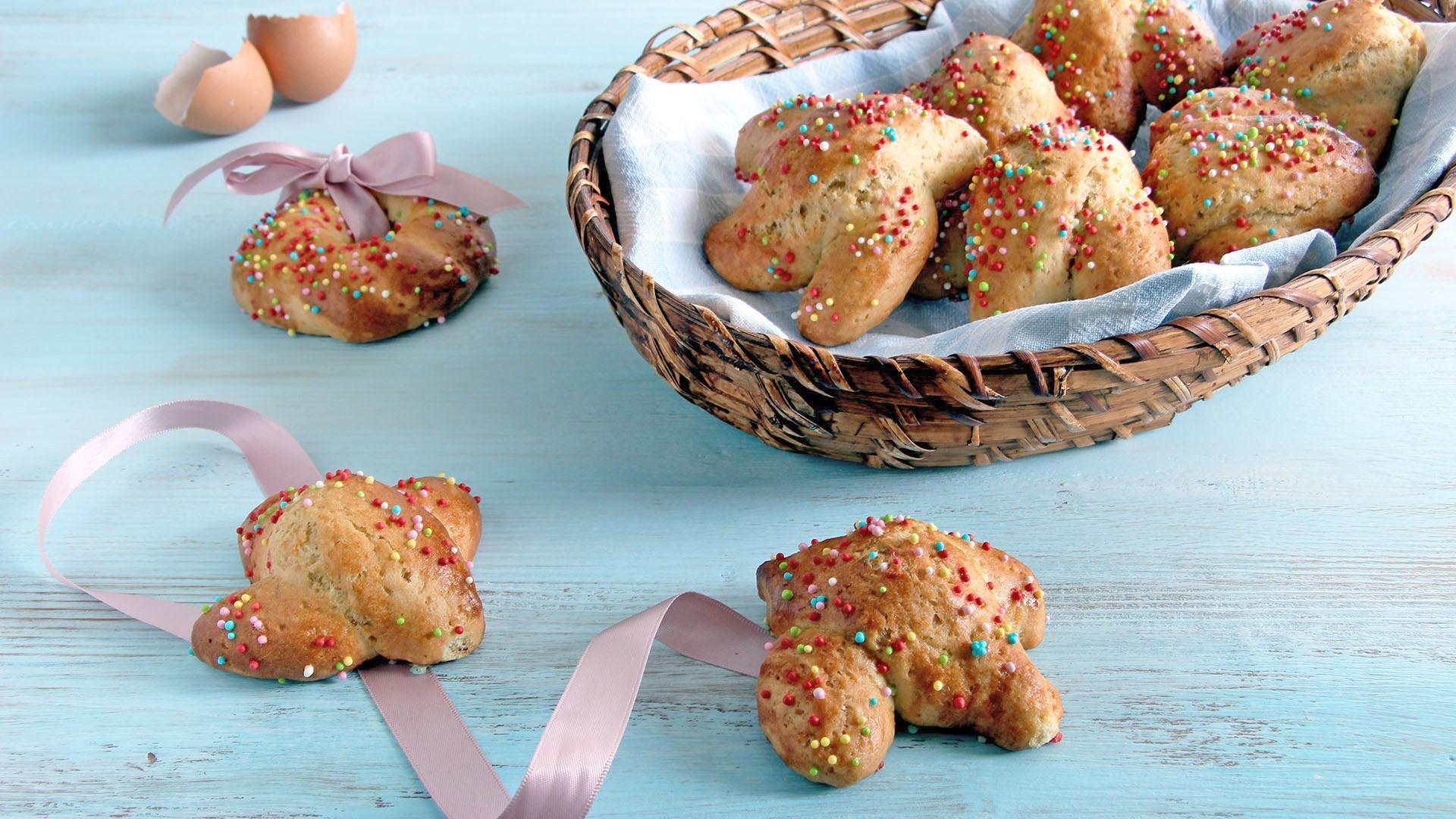 Italian Easter Cookie Recipes  Biscotti di Pasqua i cudduraci calabresi