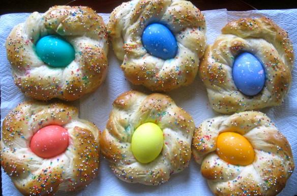 Italian Easter Egg Bread  The Cultural Dish Buona Pasqua Happy Easter with Italian