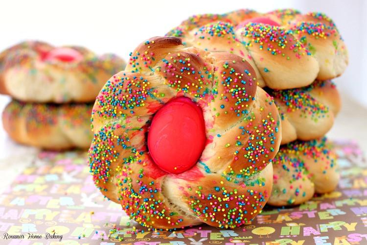 Italian Easter Egg Bread  Pane di Pasqua Italian Easter bread recipe
