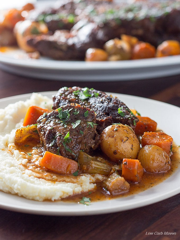 Keto Gravy Beef  Classic Low Carb Pot Roast with Ve ables & Gravy