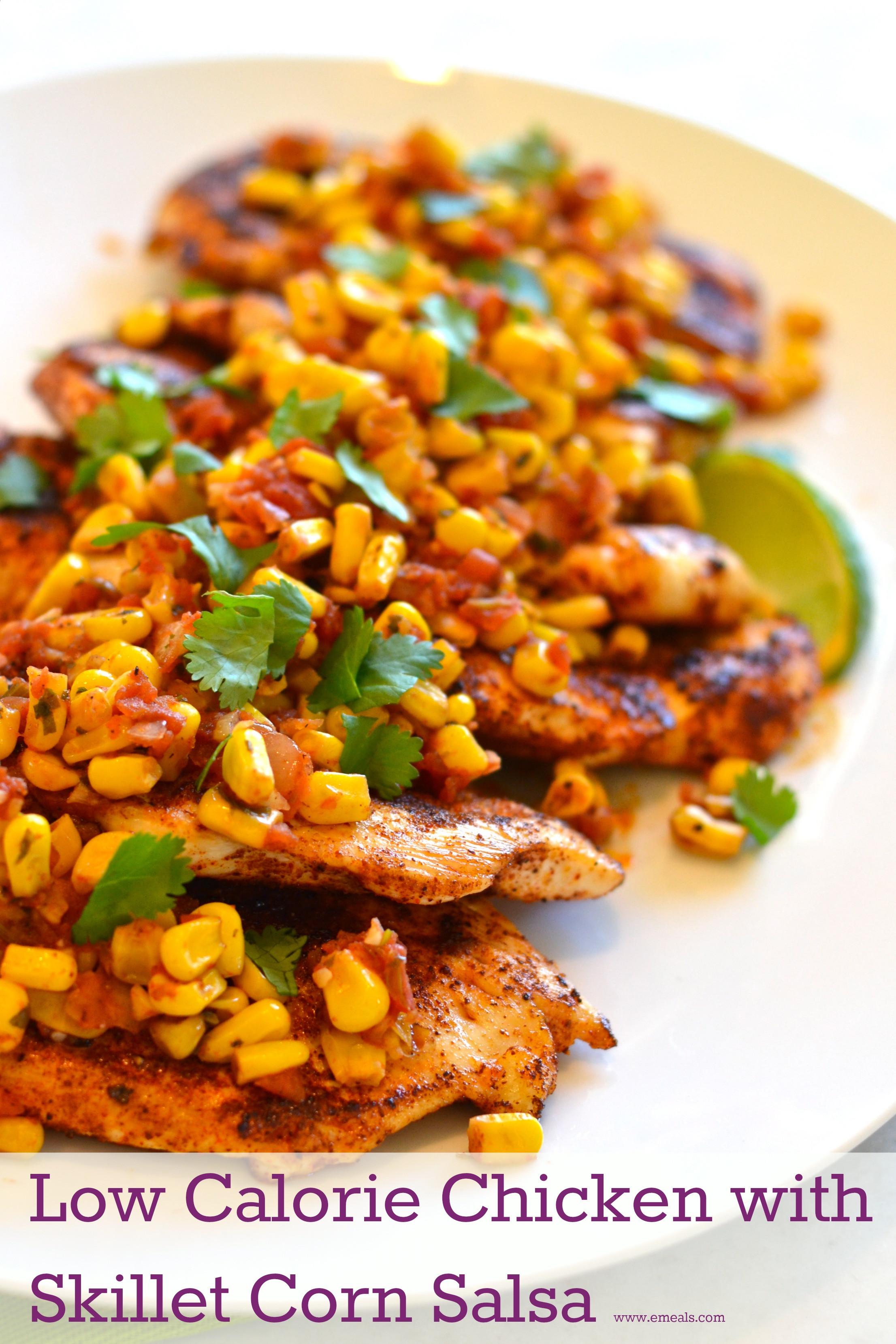 Low Calorie Chicken Dinners  Low Calorie Dinner Recipe Spicy Chicken with Skillet Corn