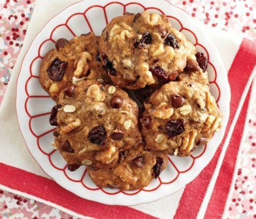 Low Calorie Christmas Cookies  7 Low Cal Holiday Cookie Recipes to Bring To Work Dash